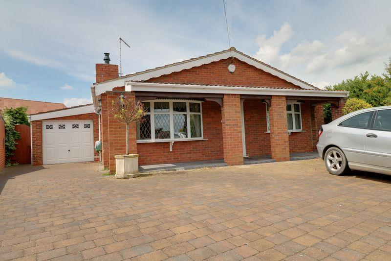 2 Bedrooms Detached Bungalow for sale in Chestnut Close, Scotter