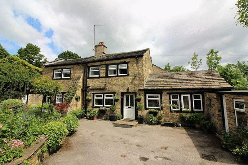 3 Bedrooms Unique Property for sale in Delf Hill, Brighouse