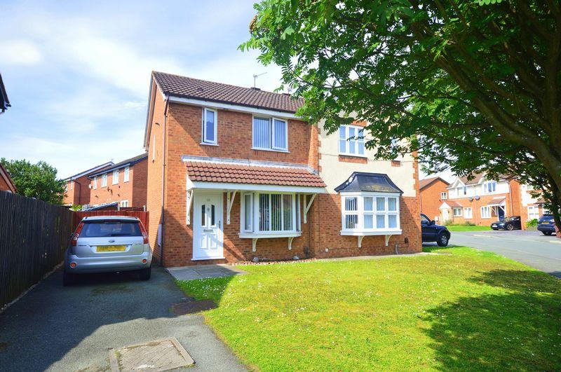 3 Bedrooms Semi Detached House for sale in Harrier Drive, Halewood