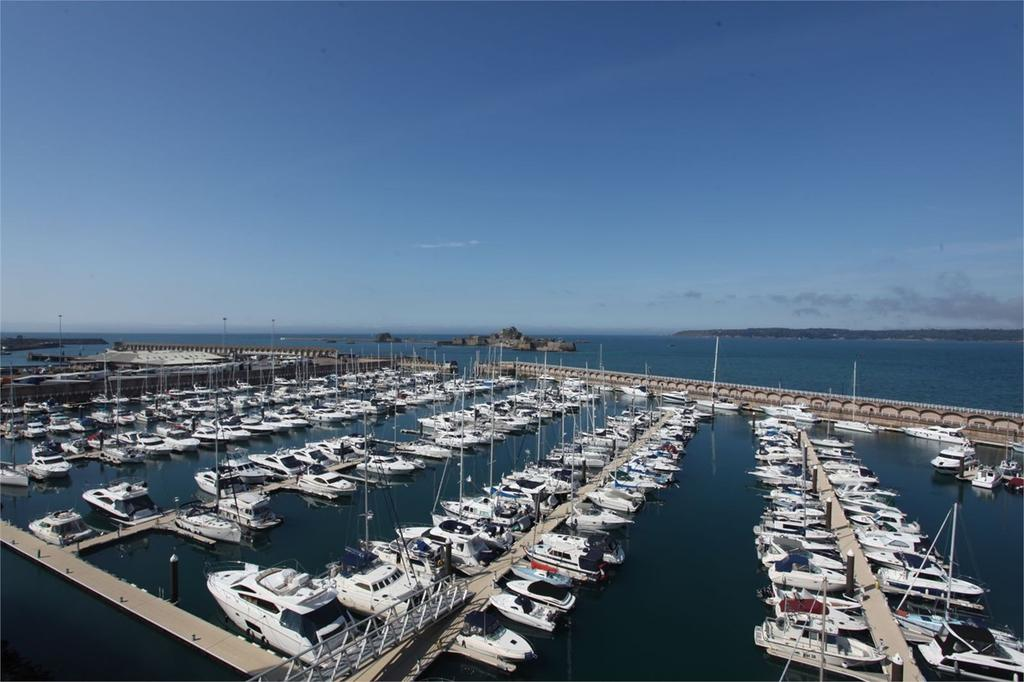2 Bedrooms Apartment Flat for sale in La Rue de L Etau, St Helier, Jersey, JE2
