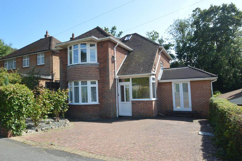 4 Bedrooms Detached House for sale in RYDE