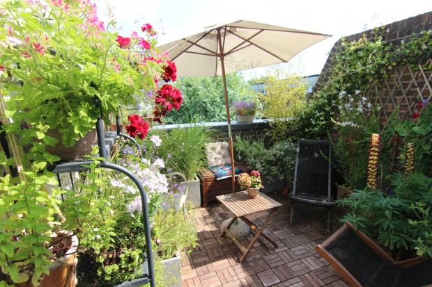 2 Bedrooms Maisonette Flat for sale in Marlborough Road London, Archway, N19
