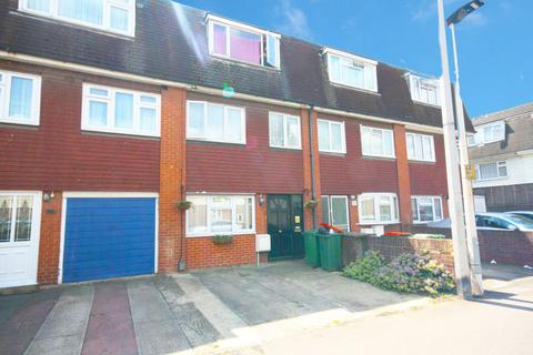 4 bedroom character property for sale - Colman Road,  London, E16