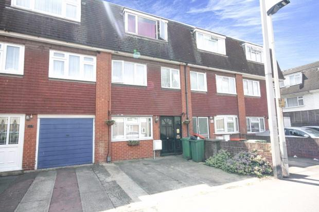 4 Bedrooms Town House for sale in Colman Road, London, E16