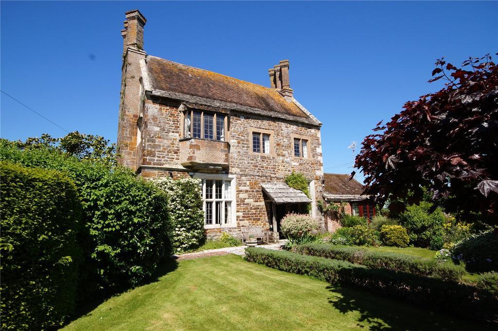 5 Bedrooms Unique Property for sale in Mill Street, Corfe Mullen, Wimborne, Dorset, BH21