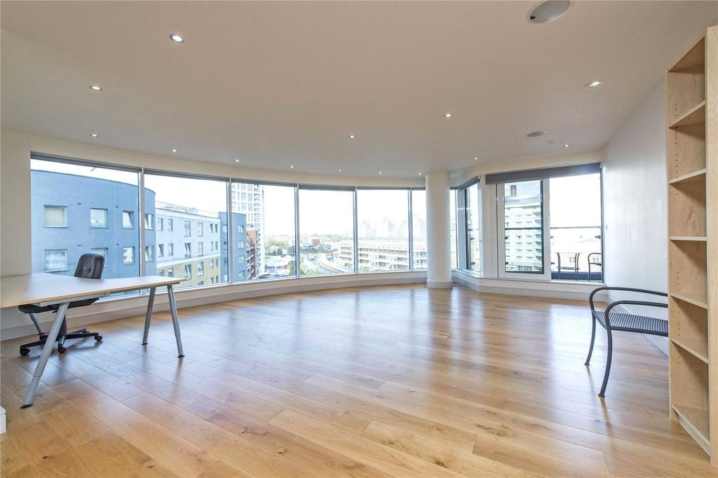 2 Bedrooms Flat for sale in Octavia House, 213 Townmead Road, Sands End, Fulham, SW6
