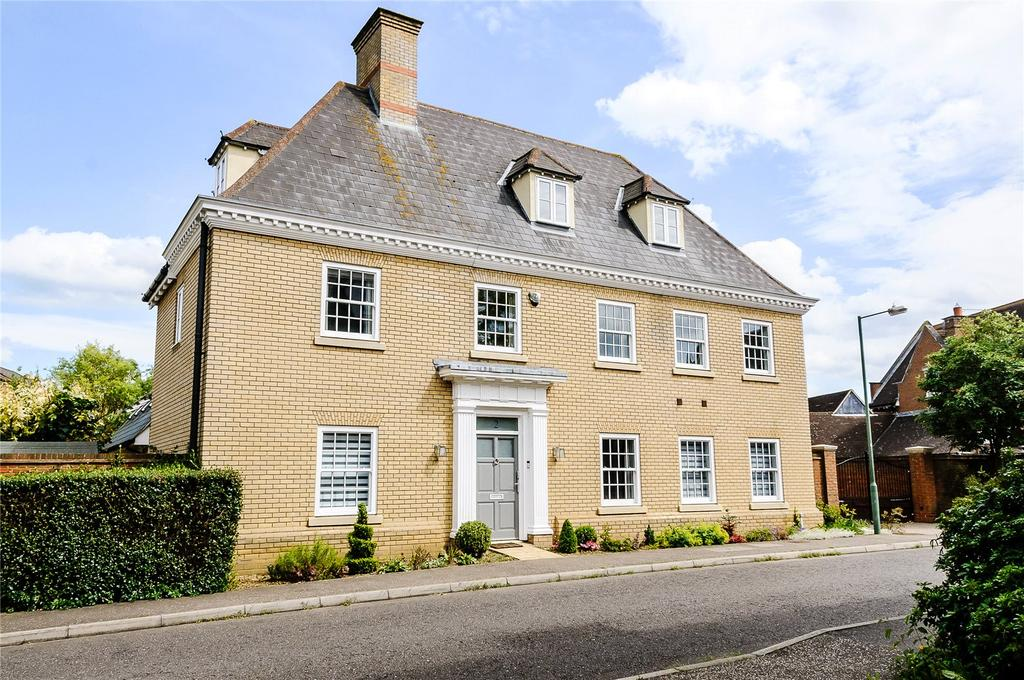 5 Bedrooms Detached House for sale in Sidney Place, Springfield, Chelmsford, Essex, CM1