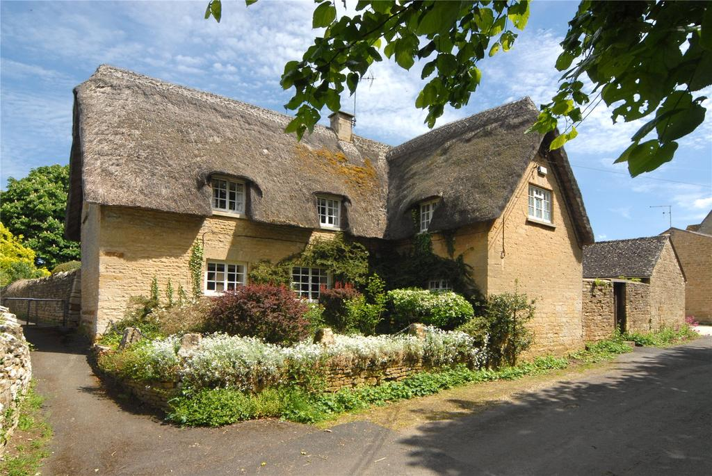 3 Bedrooms Link Detached House for sale in Church Street, Bledington, Chipping Norton, Oxfordshire, OX7
