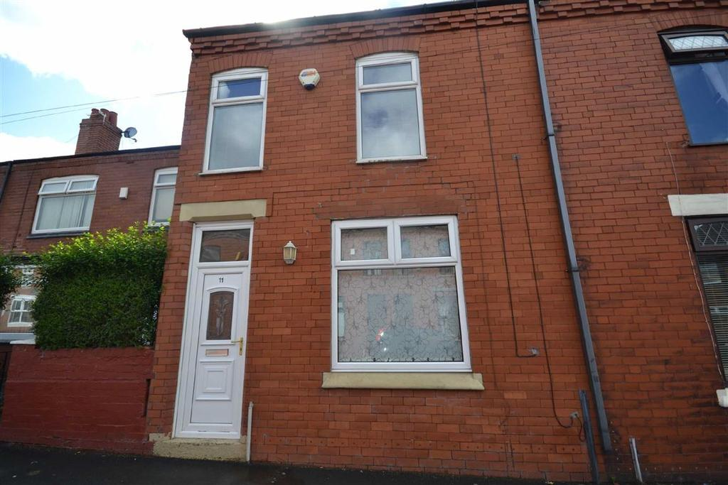 2 Bedrooms End Of Terrace House for sale in Newman Avenue, Springfield, Wigan, WN6