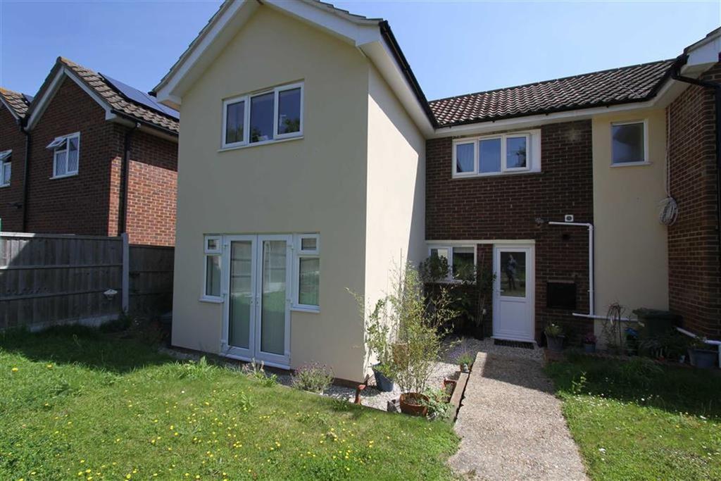 2 Bedrooms Maisonette Flat for sale in Langham Crescent, Billericay