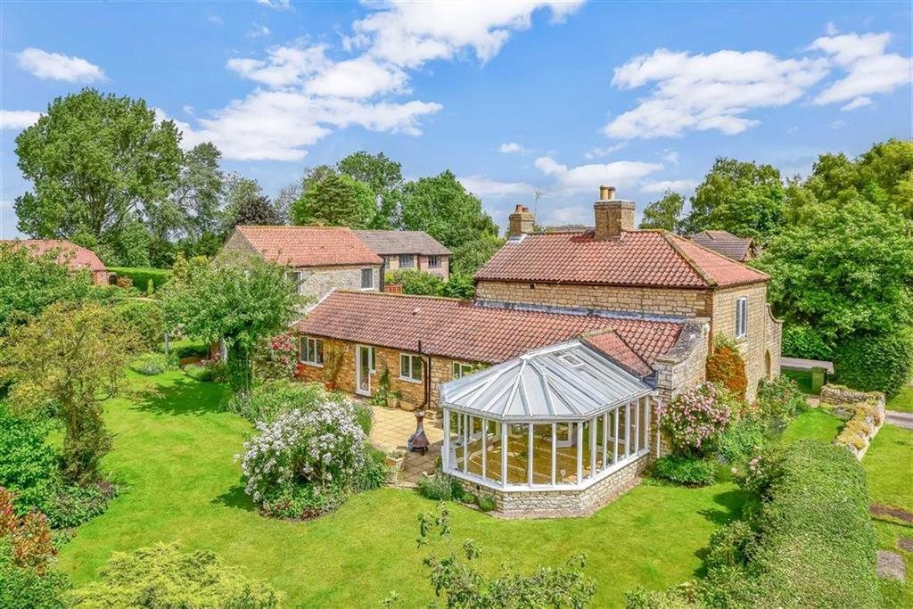 4 Bedrooms Detached House for sale in Eastfield Lane, Welton, Lincoln, Lincolnshire