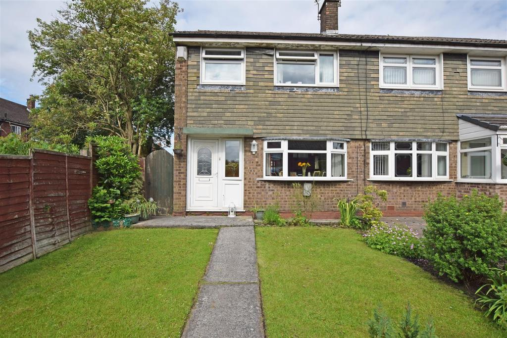 3 Bedrooms Semi Detached House for sale in Eliot Walk, Middleton