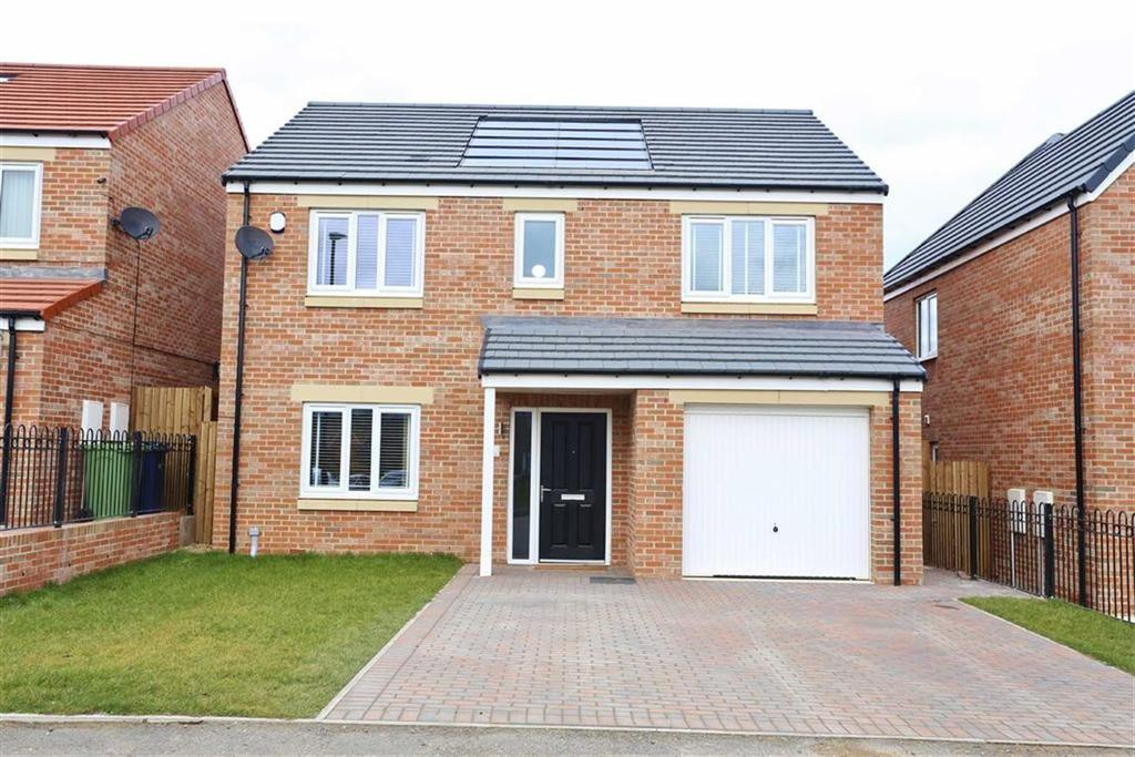 4 Bedrooms Detached House for sale in Fairhaven, Doxford, Sunderland, SR3
