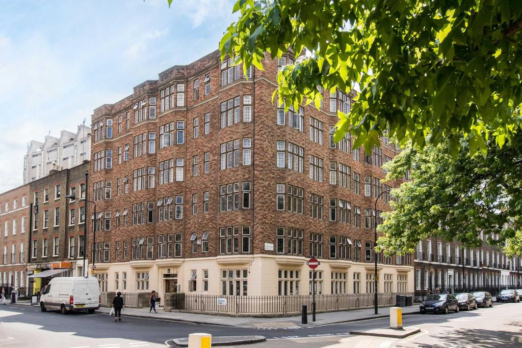1 Bedroom Flat for sale in Downing Court, WC1N