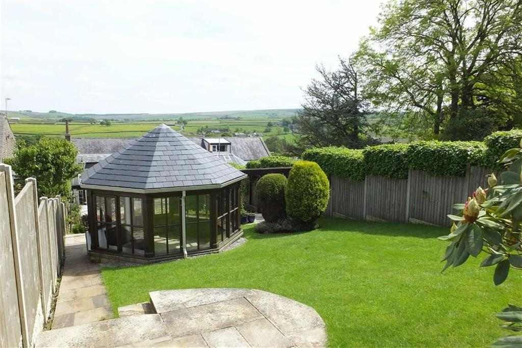 3 Bedrooms Semi Detached Bungalow for sale in Foulds Road, Trawden, Lancashire, BB8