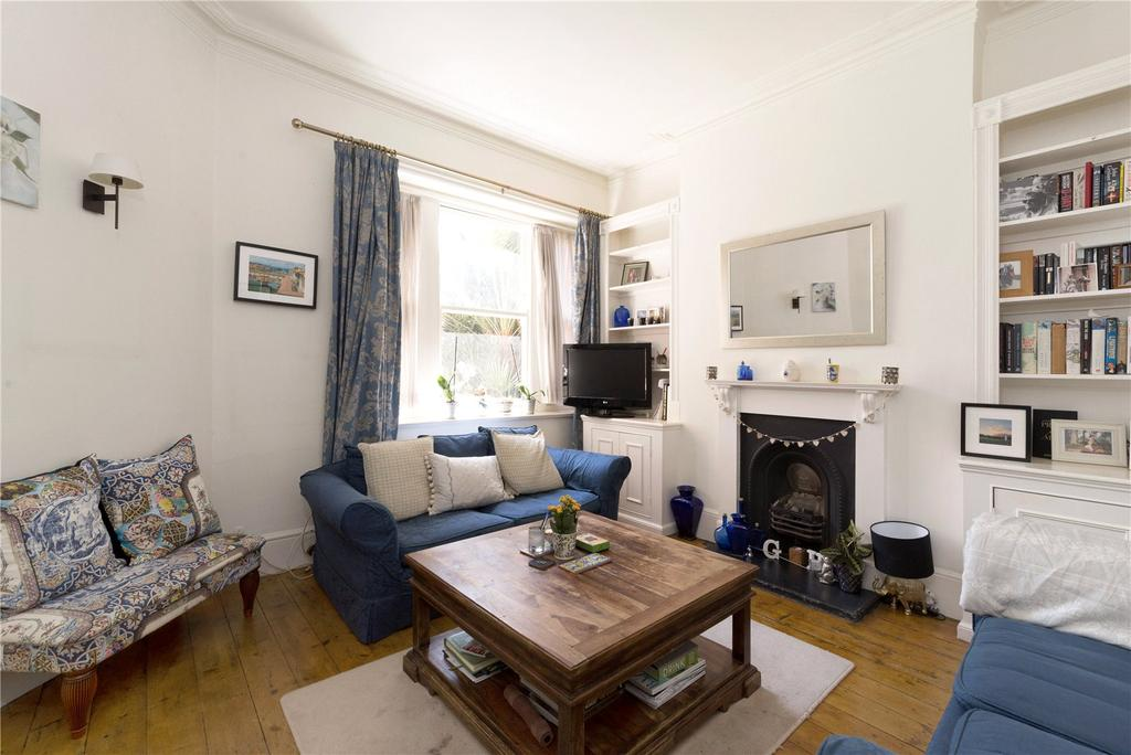 2 Bedrooms Flat for sale in Albert Palace Mansions, Lurline Gardens, Battersea, London, SW11