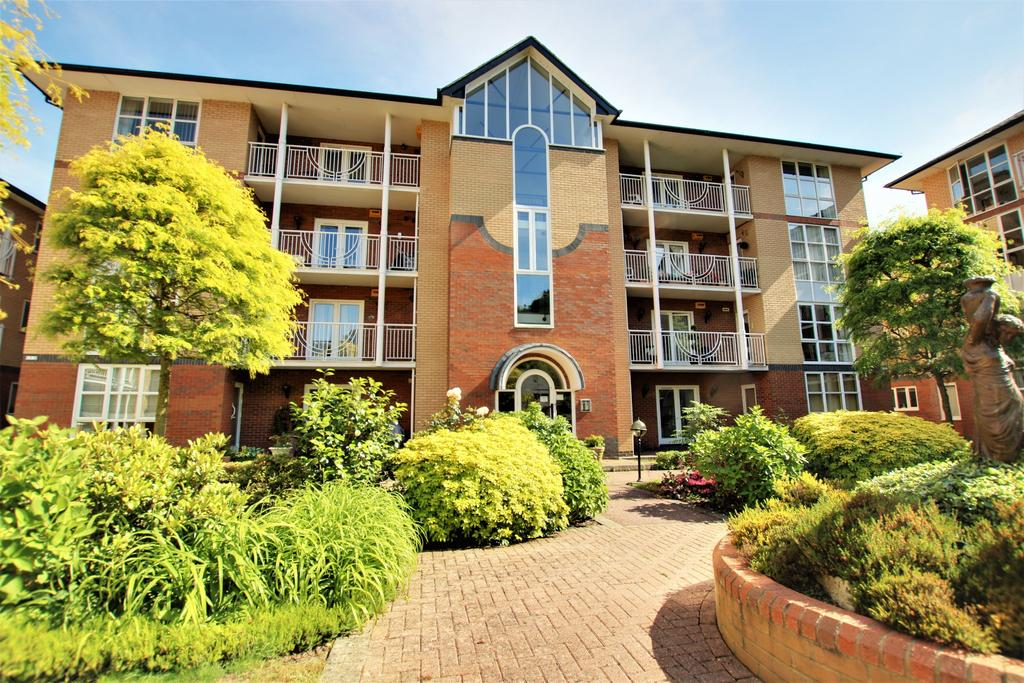 2 Bedrooms Apartment Flat for sale in Winn Road, Southampton