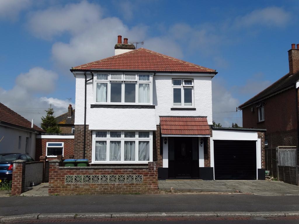 4 Bedrooms Detached House for sale in Linden Road, Bognor Regis