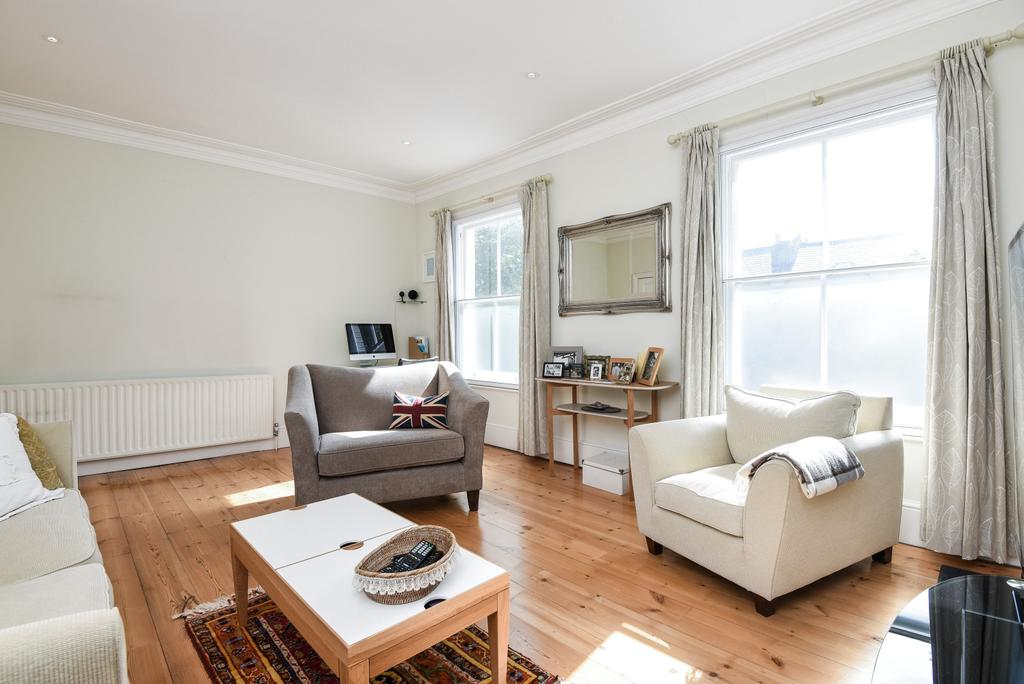 3 Bedrooms Flat for sale in Lordship Lane East Dulwich SE22