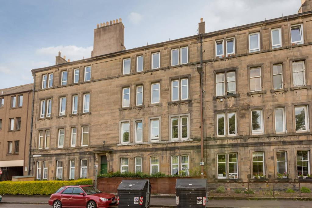 2 Bedrooms Flat for sale in 5 2F2 Murieston Place, Dalry, EH11 2LT