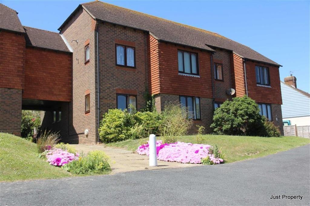 1 Bedroom Retirement Property for sale in Shepherds Way, Fairlight
