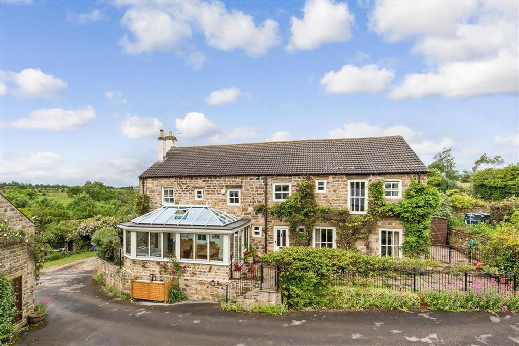 4 Bedrooms Detached House for sale in Otley Road, Harrogate, North Yorkshire