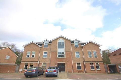 2 bedroom flat for sale - Alumhurst Road, Alum Chine, Bournemouth, Dorset, BH4