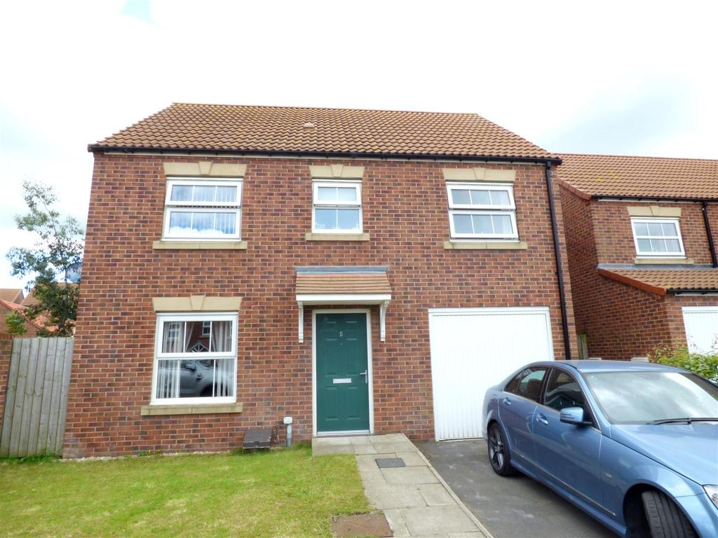 4 Bedrooms Detached House for sale in Goldfinch Road, Easington Lane, Houghton Le Spring