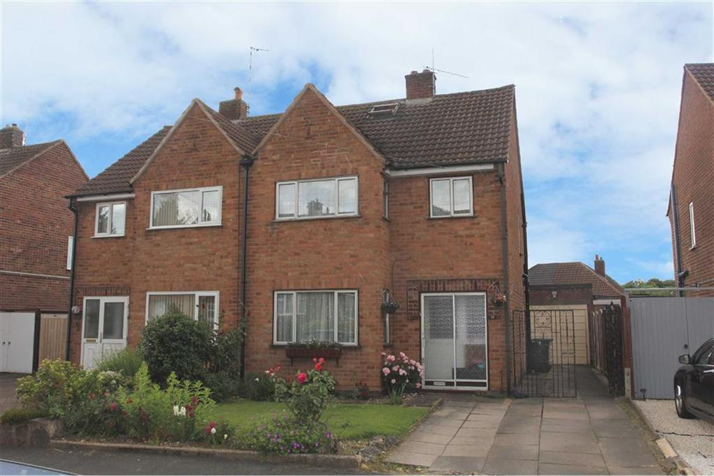 3 Bedrooms Semi Detached House for sale in The Drive, Scraptoft, Leicester