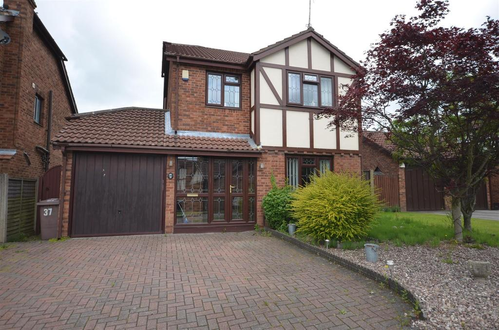 4 Bedrooms Detached House for sale in Lakeside Gardens, Rainford, St. Helens