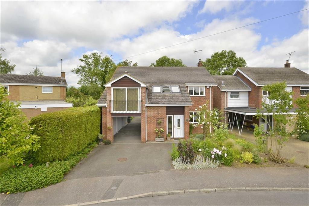 6 Bedrooms Detached House for sale in Fairfield Road, Isham