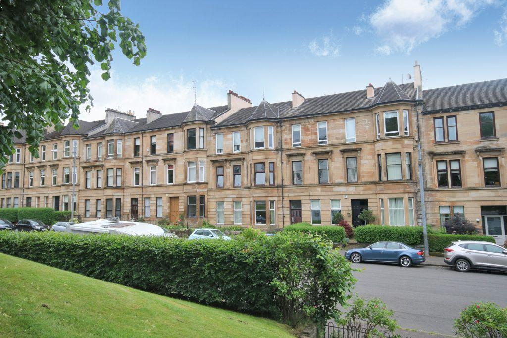 2 Bedrooms Flat for sale in 1/2, 13 Broomhill Terrace, Broomhill, G11 7AG