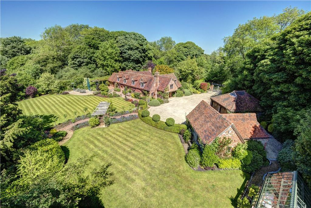 5 Bedrooms Detached House for sale in Northend, Henley-on-Thames, Buckinghamshire, RG9