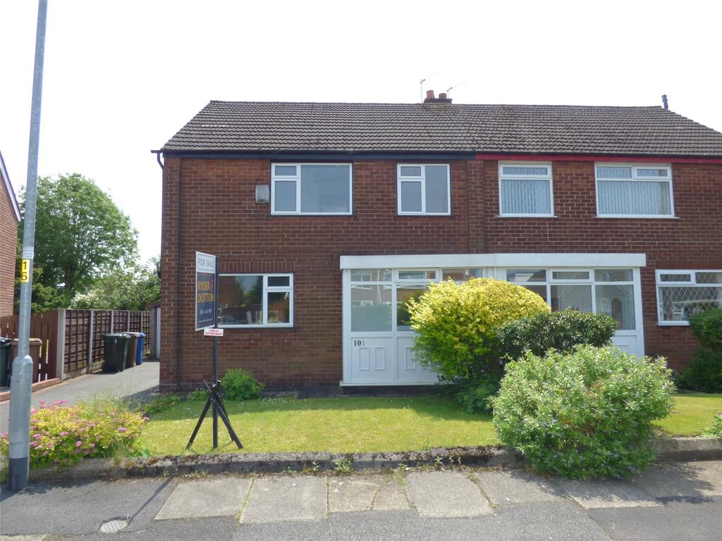 3 Bedrooms Semi Detached House for sale in Warwick Road, Alkrington, Middleton, Manchester, M24