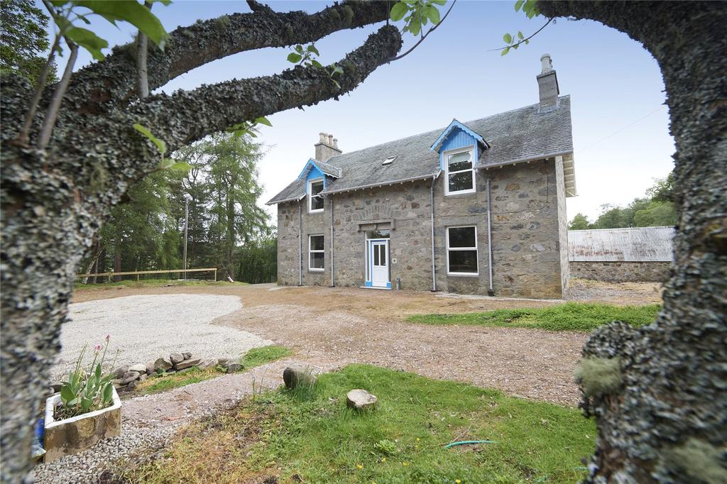 4 Bedrooms Detached House for sale in Free Church Manse, Tomatin, Inverness, IV13