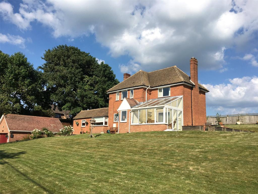 4 Bedrooms Detached House for sale in Picket Piece, Andover, Hampshire, SP11