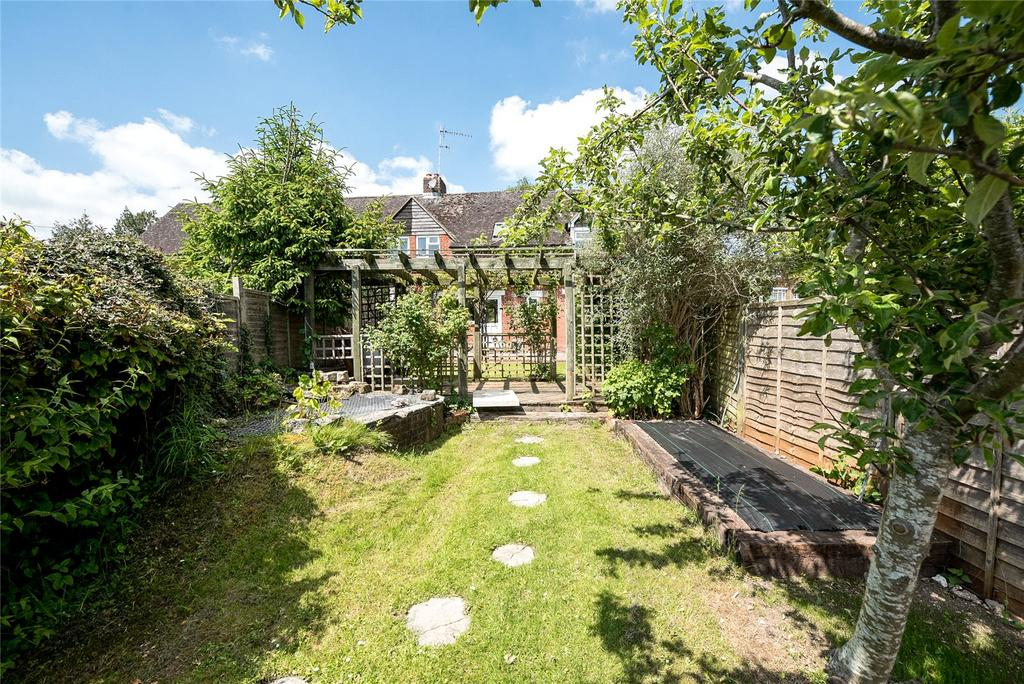 3 Bedrooms House for sale in Easton, Hampshire, SO21
