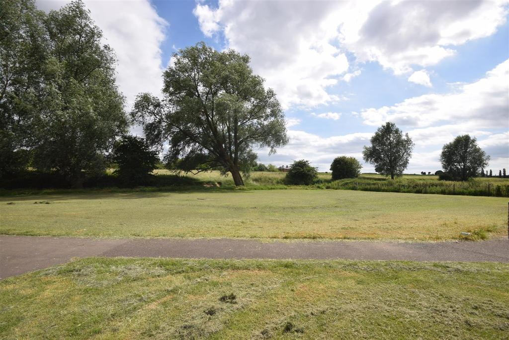 3 Bedrooms House for sale in Teign Drive, Witham