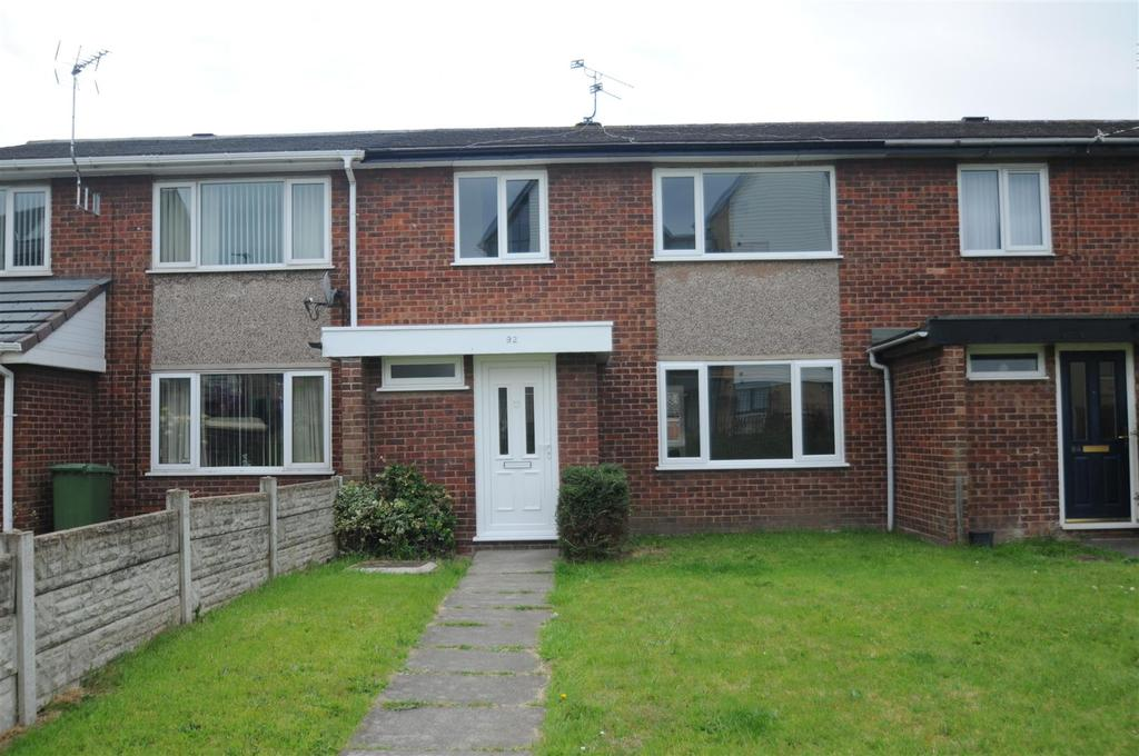 3 Bedrooms Terraced House for sale in Ashton Drive, Frodsham