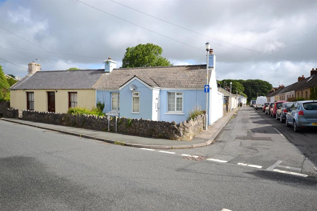 2 Bedrooms Cottage House for sale in South Road, Pembroke