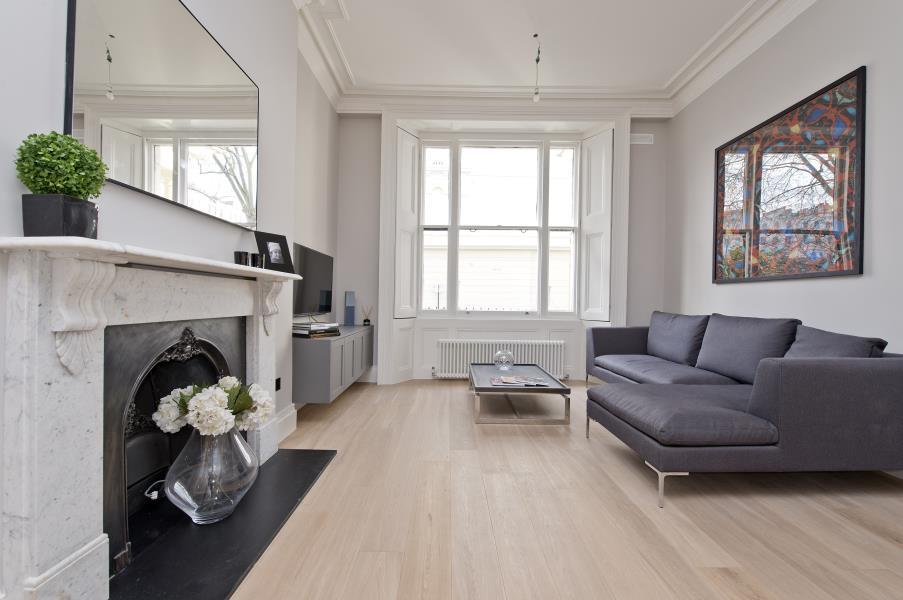 2 Bedrooms Flat for sale in Kensington Gardens Square, Notting Hill W2