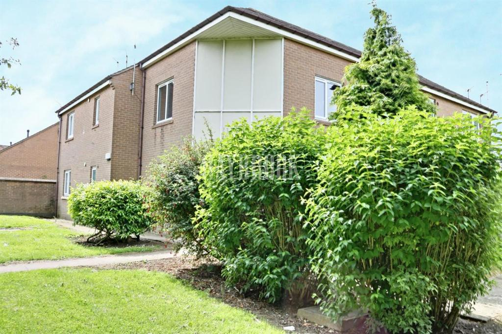 1 Bedroom Flat for sale in Normancroft Court, Castlebeck, S2