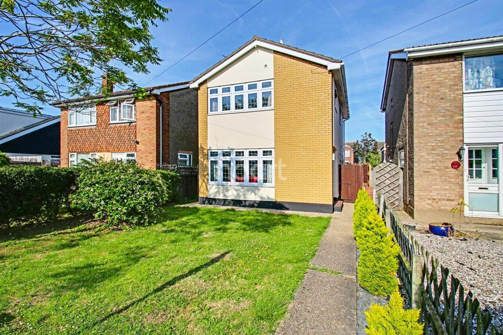 3 Bedrooms Detached House for sale in Furtherwick Road, Canvey Island