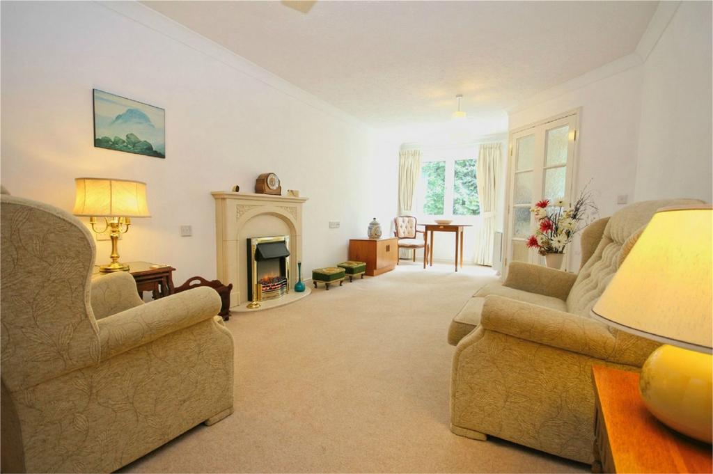 1 Bedroom Flat for sale in Ella Court, Redland Drive, Kirk Ella, East Riding of Yorkshire