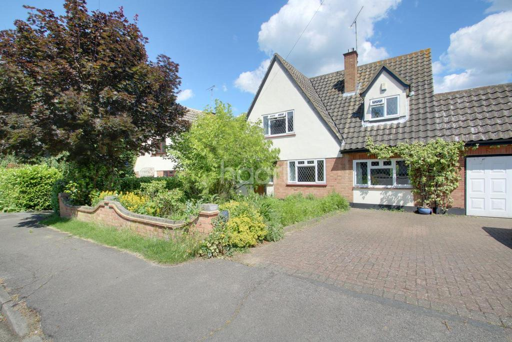 5 Bedrooms Detached House for sale in Bullwood Road, Hockley