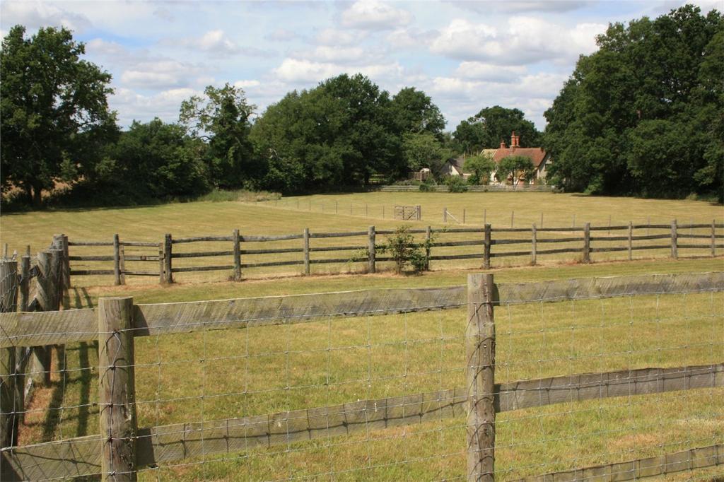 5 Bedrooms Semi Detached House for sale in Finchampstead, Wokingham, Berkshire