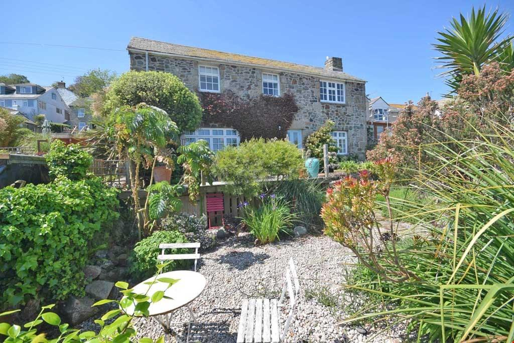 4 Bedrooms Detached House for sale in Newlyn, Nr. Penzance, West Cornwall, TR18