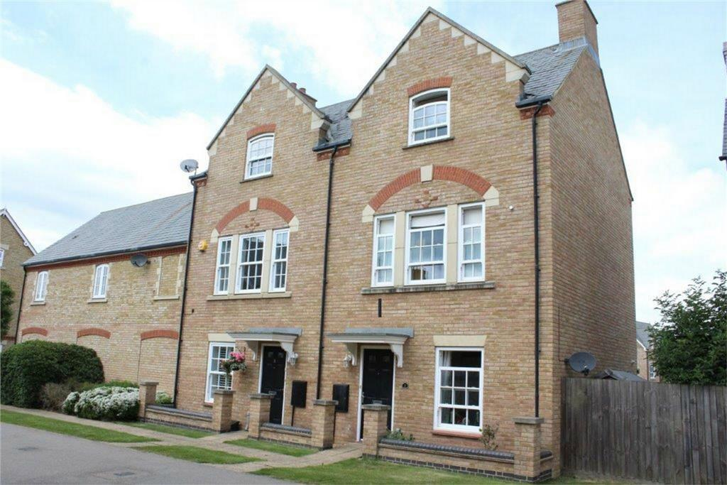 3 Bedrooms Town House for sale in Copperfield Close, Fairfield, Hitchin, Hertfordshire