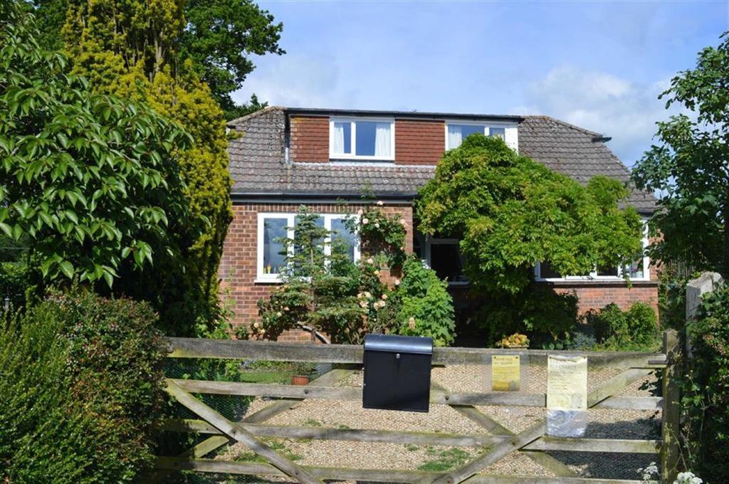 3 Bedrooms Chalet House for sale in Gaunts Common, Wimborne, Dorset