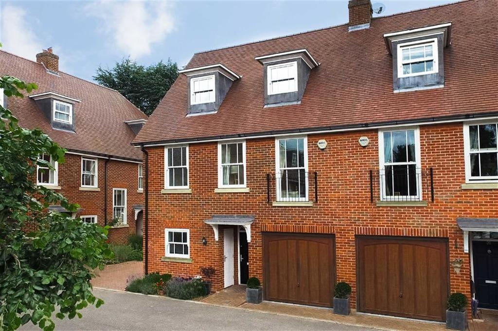 4 Bedrooms Semi Detached House for sale in Miller Close, St Albans, Hertfordshire, AL3